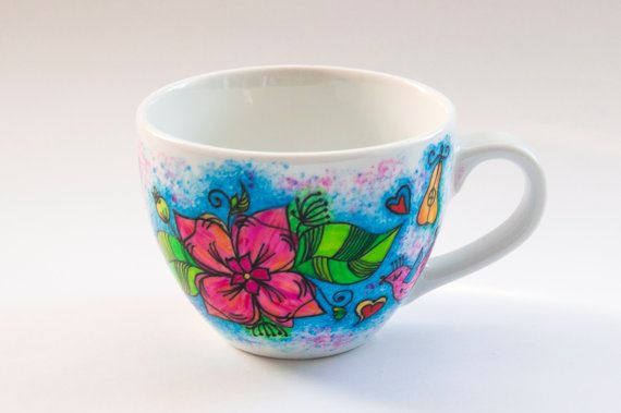 Custom hand painted personalized mug with name by atelierChloe