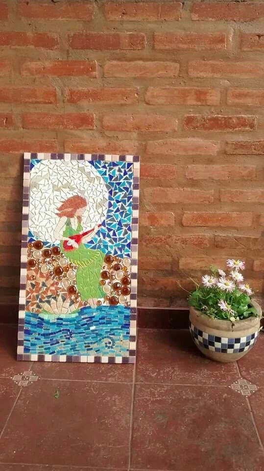 """ella también"" https://www.facebook.com/Cien-Mariposas-Mosaiquismo-370740023103459/"