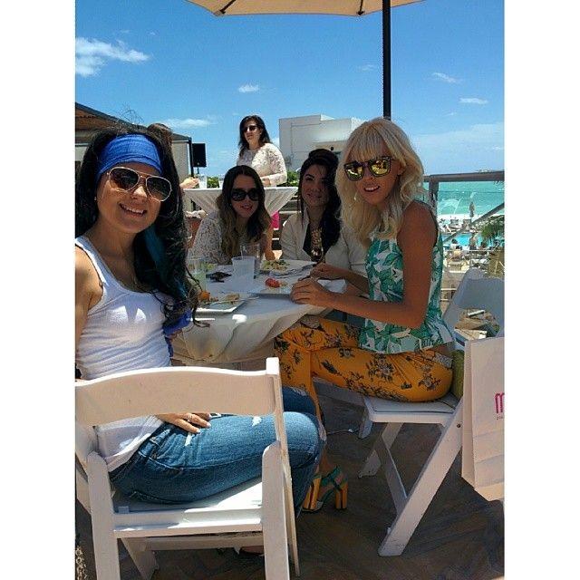 Sunny Days At The @edenrocmb With Ambassadors @Adriana Kubieniec Lovely Imperfect @MaríaJosé Diaz A @raquel canas & Blogger @Valeria Amaral.#MIAFW14