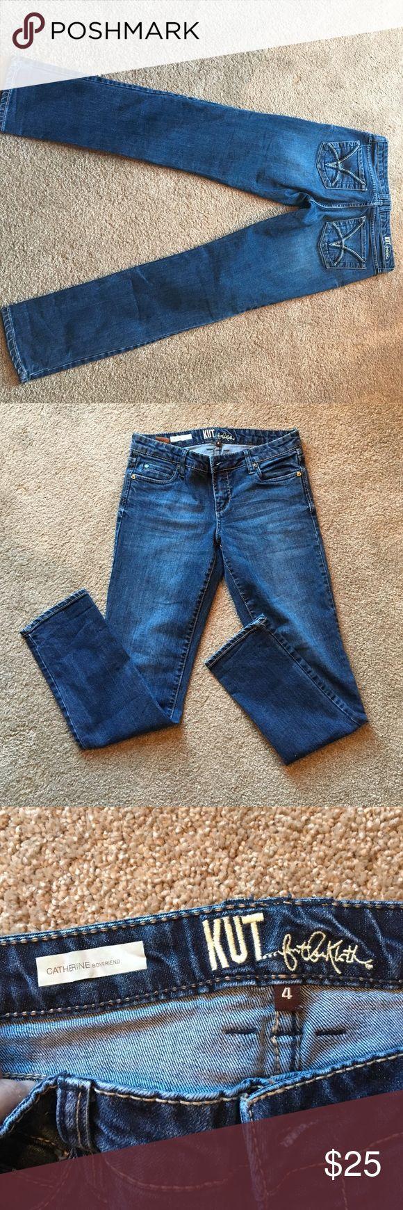 Kut jeans size 4 Kut from Kloth Catherine boyfriend jeans. Tapered leg. Flattering fit! Kut from the Kloth Jeans Boyfriend