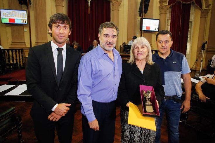 Por iniciativa del diputado Sierra, se homenajeó a una jubilada docente: Homenajeo a Sara Pisacic, exdirectora de la Escuela Gral. Manuel…