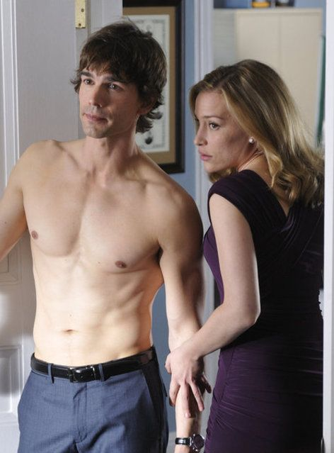 Annie and Auggie, cleverly getting out of a sticky situation