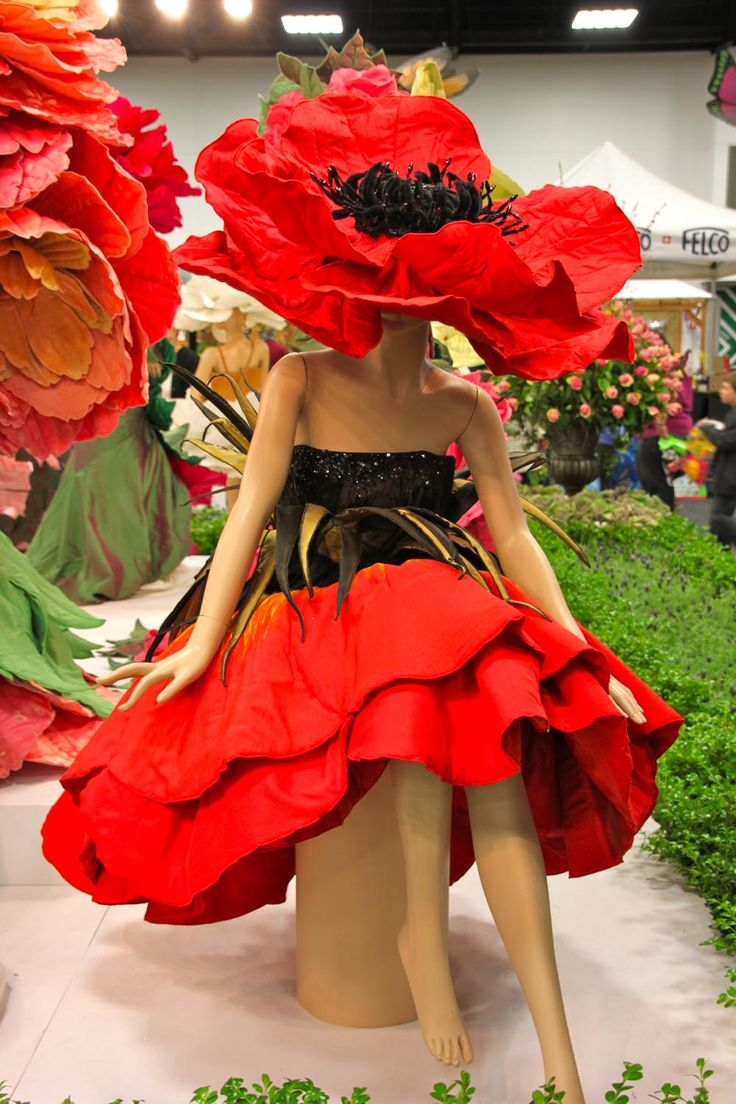 #FriFotos theme this week is: 'flowers' - This beautiful dress was one of a dozen hand made by an Adelaide designer for the Royal Adelaide Show