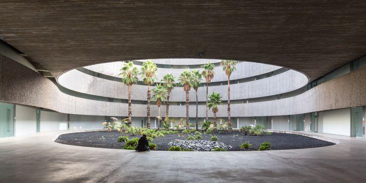 Gallery of Faculty of Fine Arts University of La Laguna / gpy arquitectos - 3