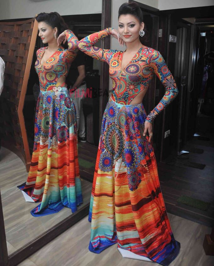 Urvashi Rautela at the launch of A'Kreation. #Bollywood #Fashion #Style #Beauty