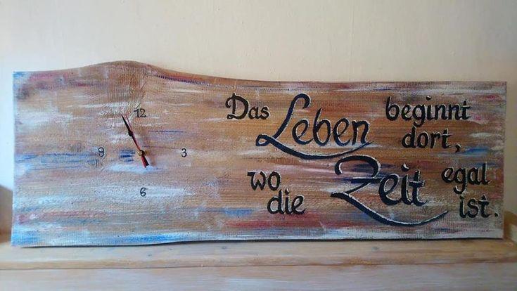 Wanduhr Altes Antikes Holz Mit Botschaft Des Lebens Bemalt Mit
