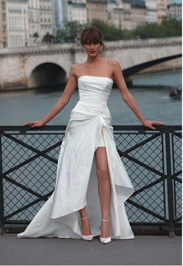 Robe de mariée fendue : robe courte, Cymbeline, robe dicchi - Robe de mariée 2010: robe mariage, robe mariée, mariage 2010 - aufeminin