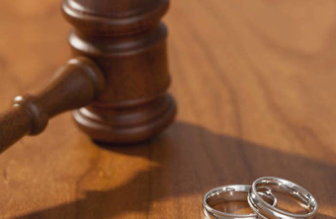Girl drags father to court for delaying her marriage  http://abdulkuku.blogspot.co.uk/2017/05/girl-drags-father-to-court-for-delaying.html