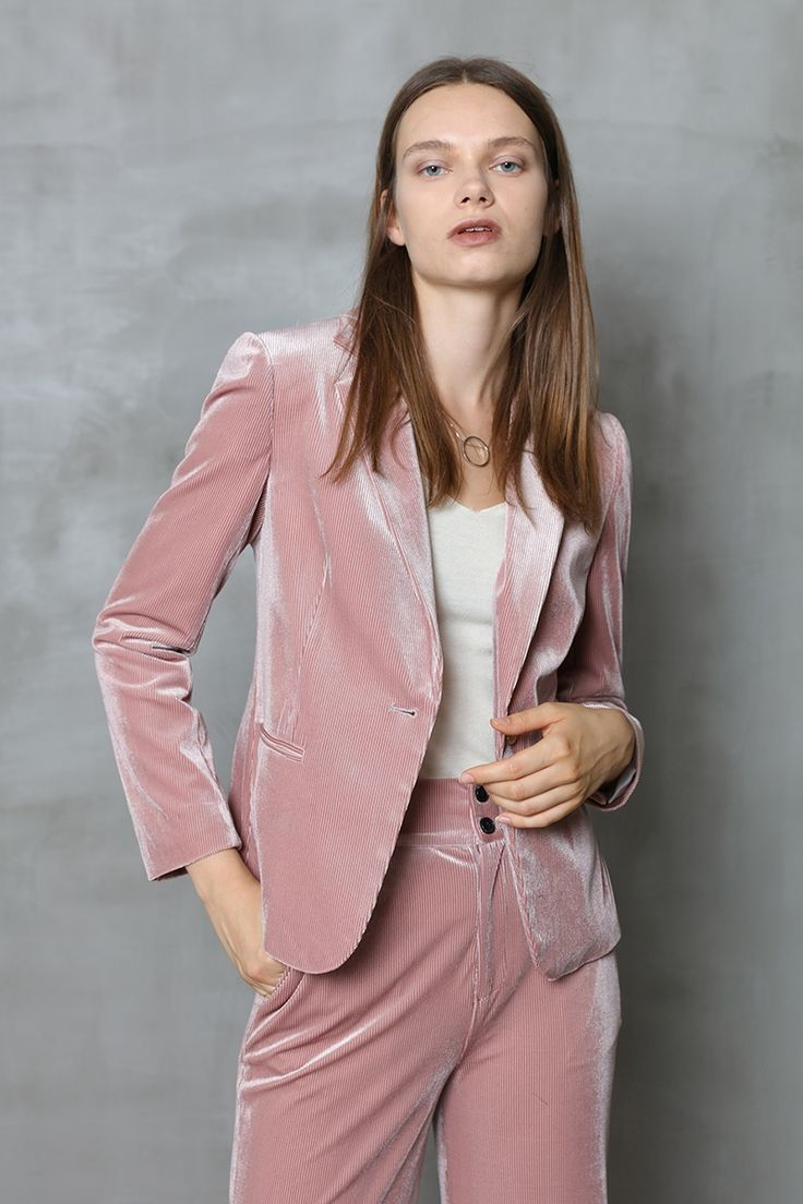 Gold velvet suit  2017  Women new Pink velvet stitching pajamas wind casual suit jacket female fashion Outwear ! S  M L