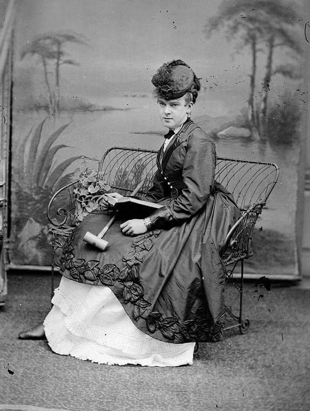 victorian erea Shop for victorian era clothing and costumes victorian women's dresses, blouses, shoes, hats, and jewelry victorian men's suits, coats, hats and boots victorian fashion history articles.