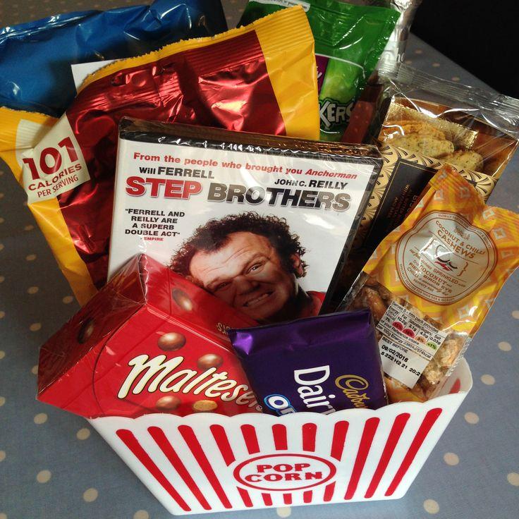 Movie Box Gidt Idea http://www.sugarrushedblog.com/2015/11/movie-box-perfect-gift.html