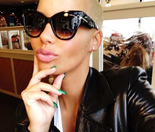 Amber Rose shoots down rumors that she is dating Kevin Durant - http://www.truesportsfan.com/amber-rose-shoots-down-rumors-that-she-is-dating-kevin-durant/