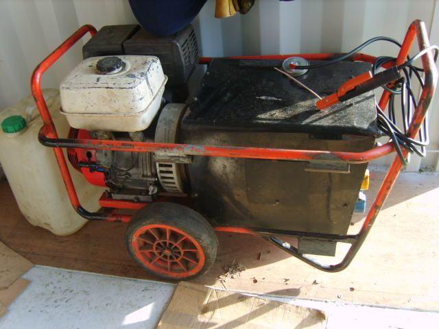 mobile welder generator honda engine.haverhill weldagen 200. pallet delivery.