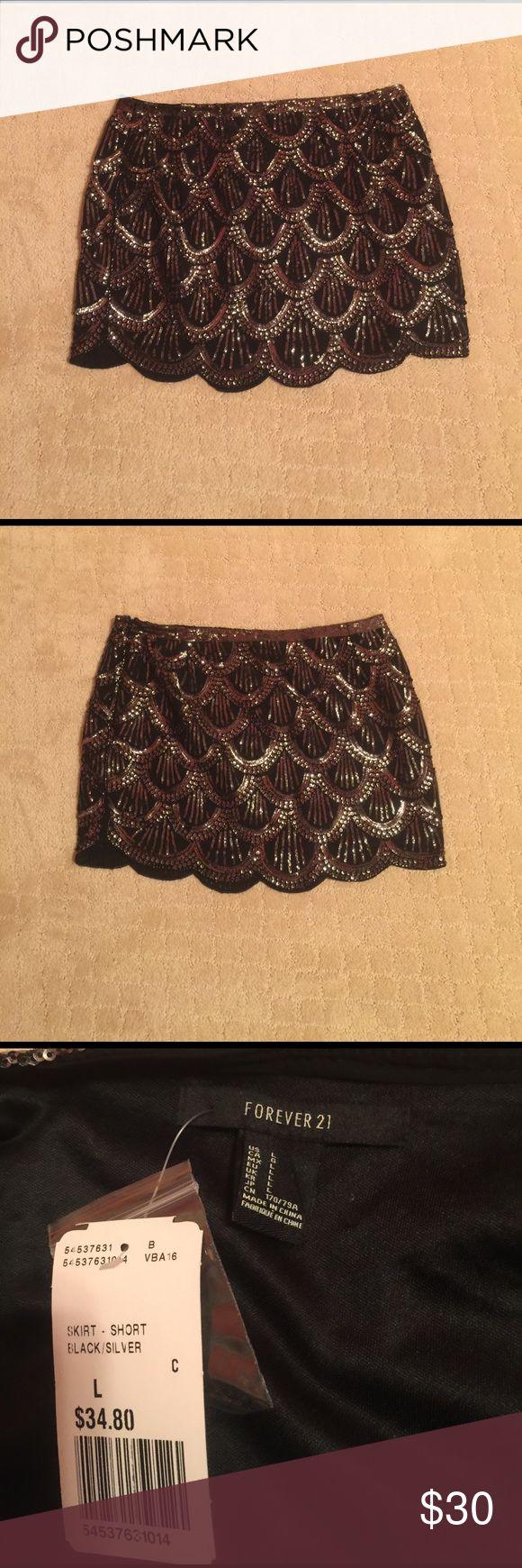 CLOSET CLOSING 3/31 - Forever 21 sparkle skirt CLOSET CLOSING 3/31 - Forever 21 sparkle skirt! Everything must go! Forever 21 Skirts Mini