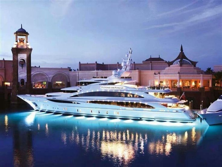 """Private dinner on the yacht with my fiancee the night before the wedding.  """"Going to pull into my dock soon, hopefully I'll see Daisy."""" - Jay Gatsby"""