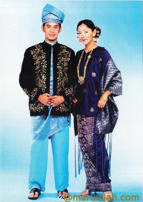Baju Melayu Kedah # credit to: http://maruwiah.com/2012/06/24/pakaian-tradisi-kaum-semenanjung-malaysia/