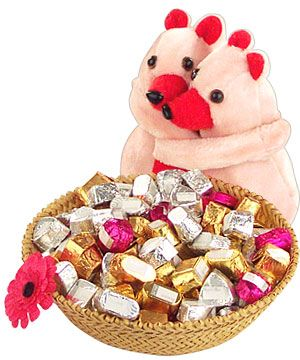 Find delicious chocolate and cookies from our online store at Tajonline.com. For more information click here: http://www.tajonline.com/gifts-to-india/gifts-OJR66.html