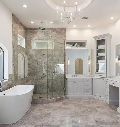 Bathroom Ideas 2020   Simple bathroom designs, Master ...