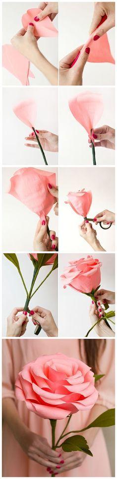 Rosas grandes en papel crepé