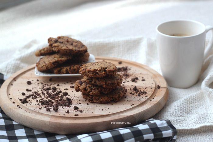 Chocolate chip koekjes die glutenvrij en suikervrij (met wat aanpassingen) zijn! Oftewel: voor verschillende leefstijlen en diëten toegestaan! Wat heb je nodig voor zo'n 14 koekjes? 120 gram amandelmeel /volkoren bloem (niet glutenvrij)/rijstebloem/spelt (niet glutenvrij)/rogge(niet glutenvrij) […]