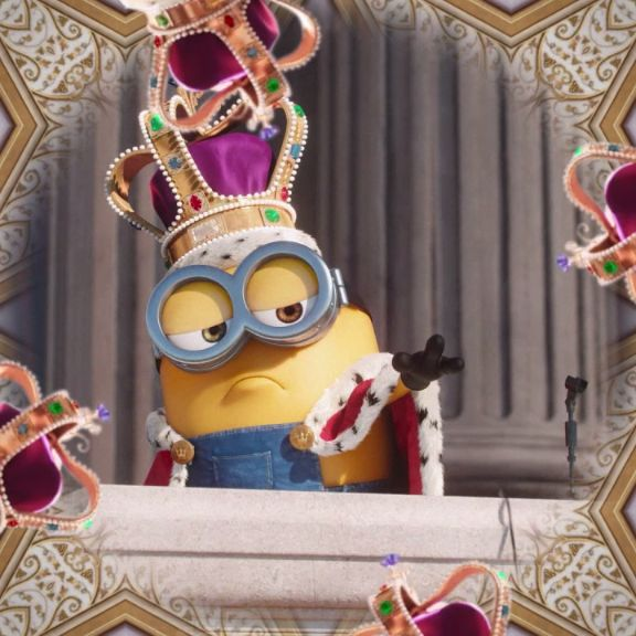 Keep your eye on the crown. #Minions