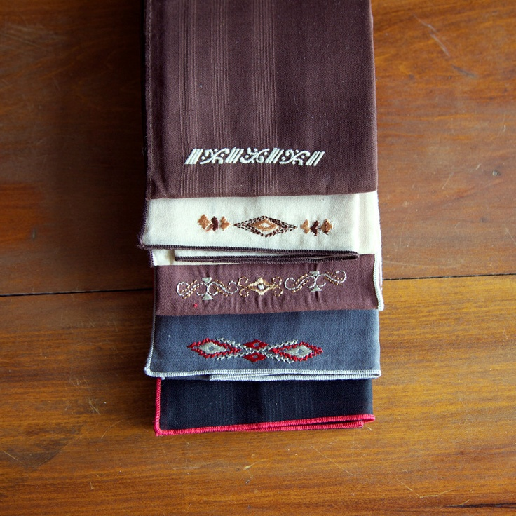 Just in time for Fathers Day!!  Vintage Mens Handkerchief Embroidered Southwest Style Set of 5 via Etsy.