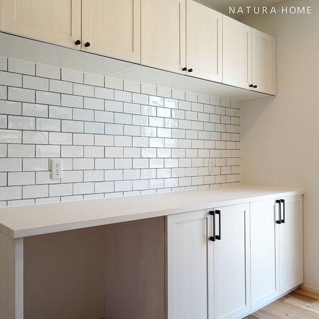New House おしゃれまとめの人気アイデア Pinterest Mimi リクシル タイル カップボード キッチン タイル Diy