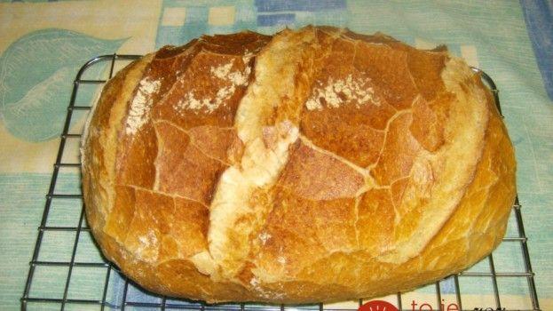 """Starý recept na """"Cesnakový chlebík pre chudobných"""": Vyjde vás len na pár drobných, je vÅ¡ak taký výborný, že k nemu nebudete chcieÅ¥ žiadnu prílohu!Â"""