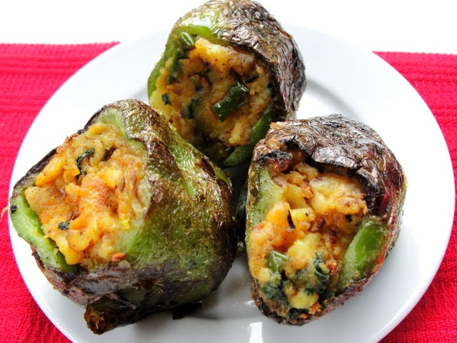 Zestyflavors: Stuffed Green Pepper.....Healthy and Delicious!