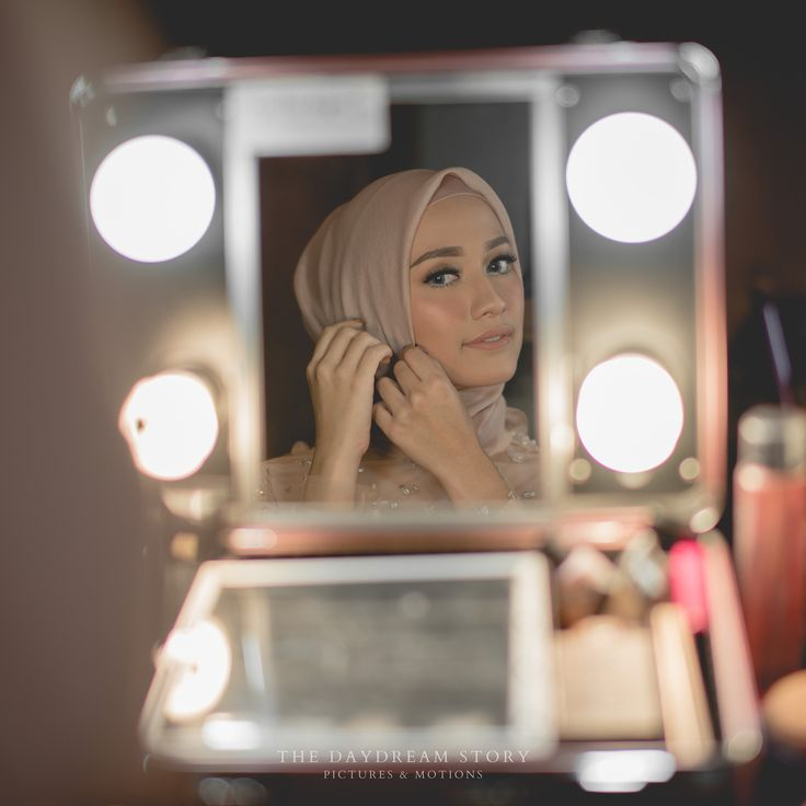 Hijab Engagement / Muslim Brides / Engagement Makeup by fitaangela on Instagram ☁ @terosha ☁