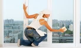 clean your window #windowcleaning #cleaningtips #window-cleaning-service