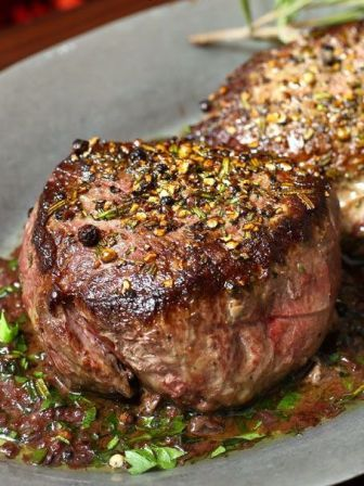 Pan Seared Filet of Sirloin with Red Wine Sauce ~ outrageous flavor!