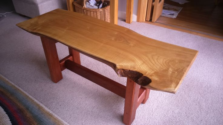 Beautiful piece of Tulip Wood mounted on (at least) 70 year old dry real Mahogany legs.