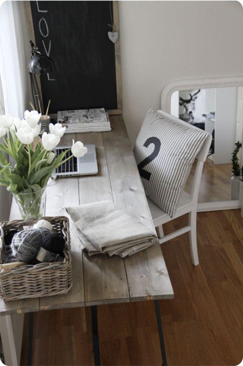 black & white office Wooden desk for office