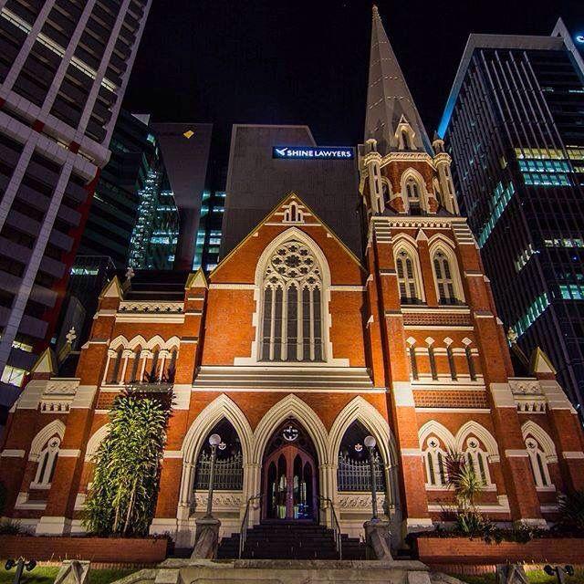Albert Street Uniting Church at night