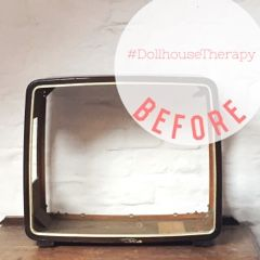 Four little walls: Dollhouse Therapy Project: Mid-Century TV Reno