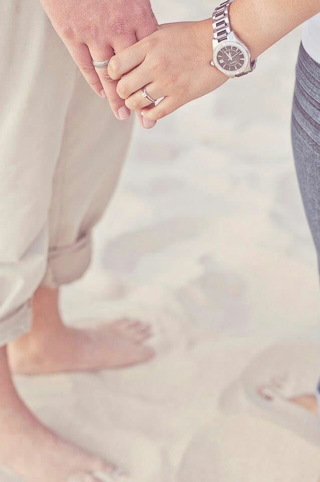 Engagement shoot. Beach shoot.