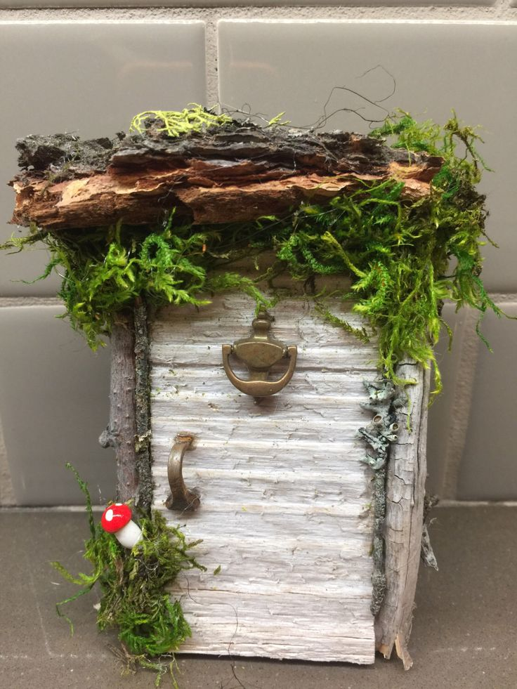 Fairy Hobbit Door/ Natural/ Wedding/ Game of Thrones/middle earth/ celtic house enchanted forest/ tinkerbell house by Rusticredoo on Etsy https://www.etsy.com/listing/482258314/fairy-hobbit-door-natural-wedding-game