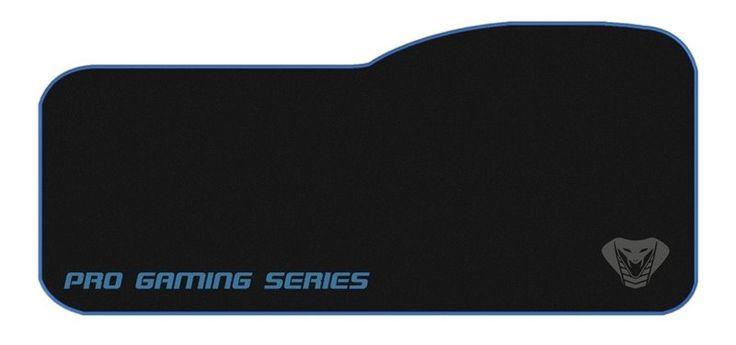 Cobra Pro - Mega Gaming muismat - Zwart  De Cobra Pro Mega muismat is ontworpen voor gamers. De muismat biedt genoeg ruimte voor een toetsenbord en een muis. De muismat is gemaakt van een speciaal rubber materiaal wat zorgt voor anti-slip. De muismat is 790 mm breed 330 mm hoog en 5 mm dik. De muismat werkt met alle sensoren en veel verschillende soorten muizen. De muismat zorgt voor een nauwkeurige cursor tracking zodat de reactie van de muis niet wordt vertraagd.  Kenmerken:  Cobra Pro…