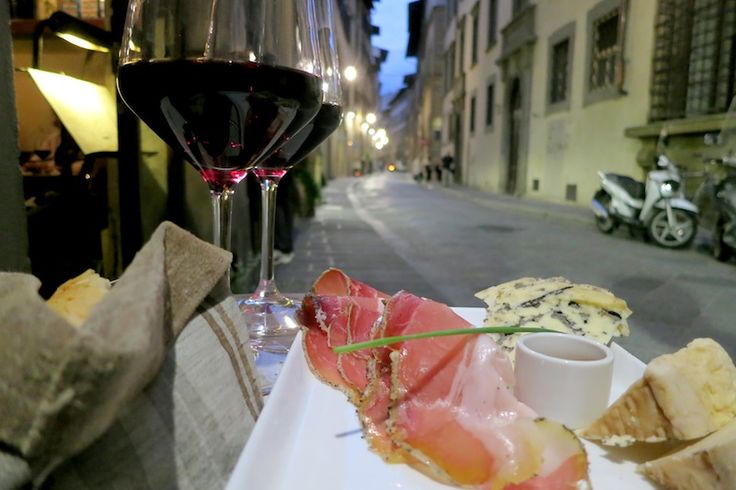 The *best* wine bars in Florence, Italy
