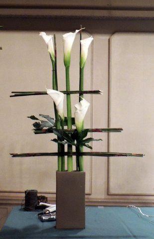 Hermoso centro de mesa para tu boda, ventas@oresabanquetes.com.mx o al…