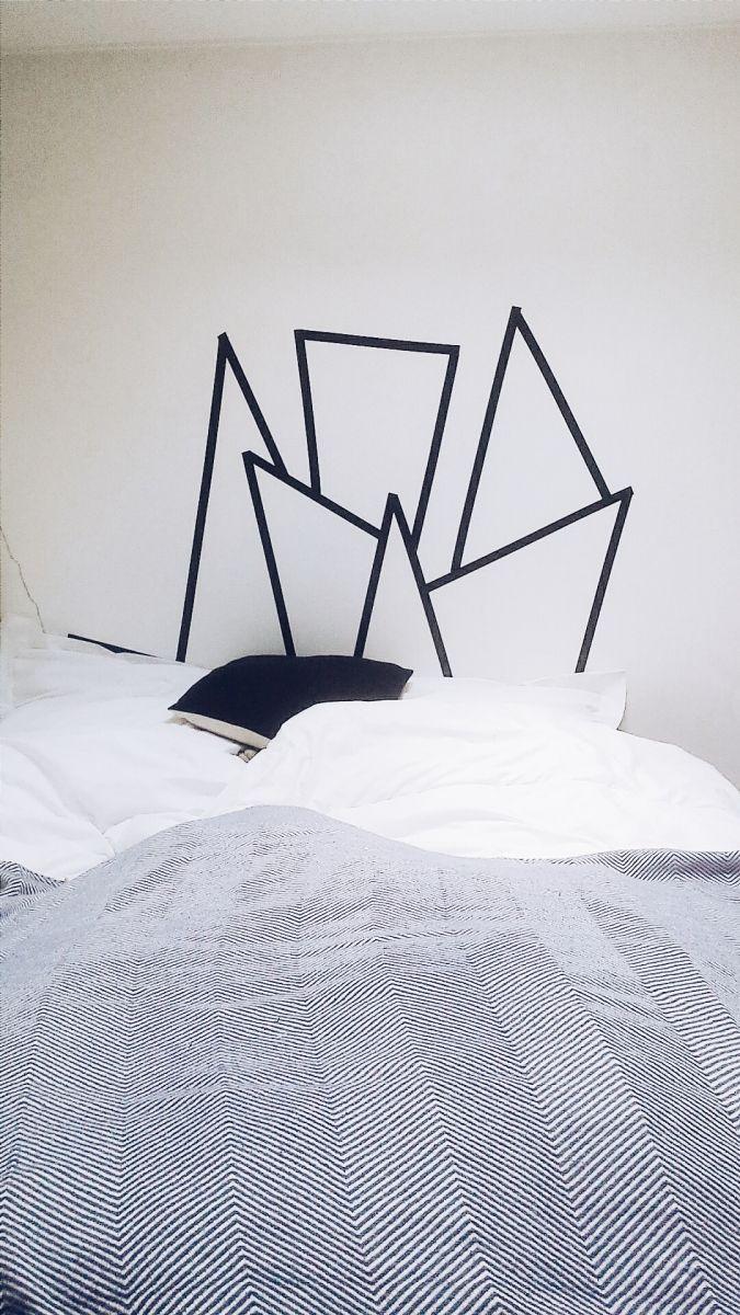 Diy une t te de lit en masking tape sain inspiration et design - Tete de lit masking tape ...