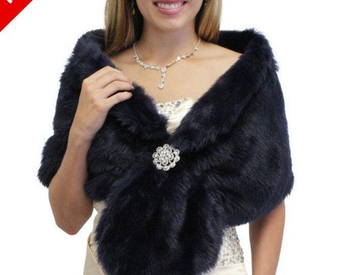 Abrigo de novia, novia encogiéndose de hombros, estola de piel sintética azul marino, encogiéndose de hombros de la chaqueta de piel, abrigo de piel sintética, piel sintética novia chal, capa de piel del faux de la boda
