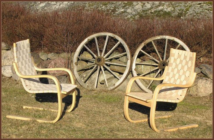Artek armchair 406, designed by Alvar Aalto