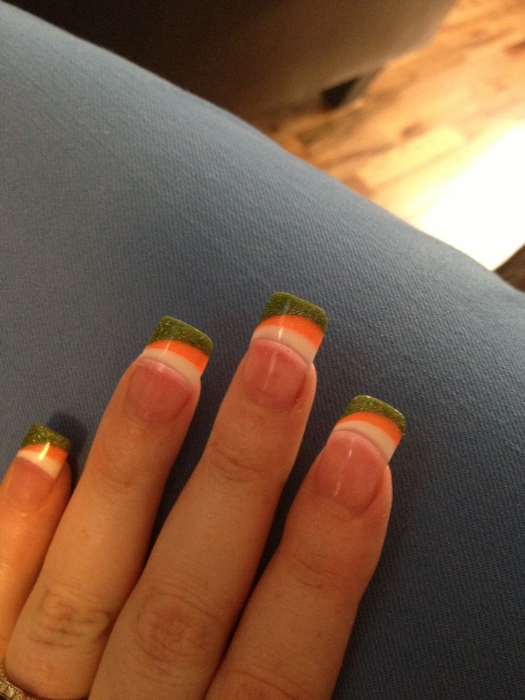 Nailsymo: 28 Best (: Nail Art #19 :) St. Patrick Day Images On Pinterest