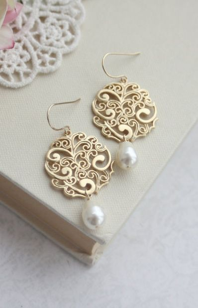 Gold Paisley with Ivory Pearls Chandelier Drops