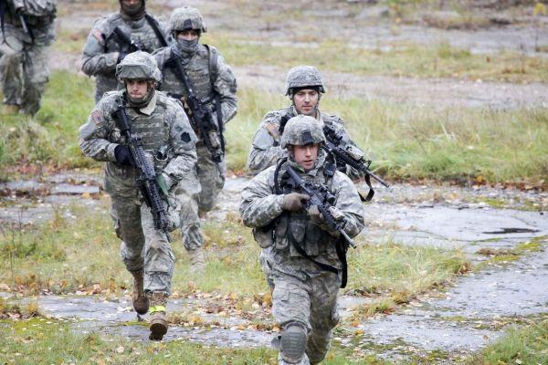 Тренировки украинских военных обойдутся США в 500 млн. долларов.             США намерены предоставить дополнительно $500 млн на тренировочные программы украинских военных на Явор�