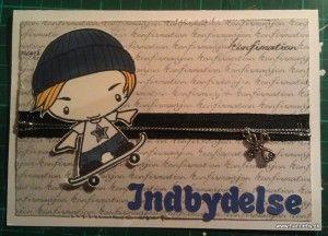 Lille sej fyr på skateboard