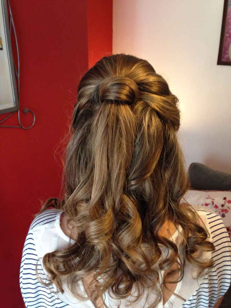 Half up half down curly prom hair | Curly prom hair, Prom ...