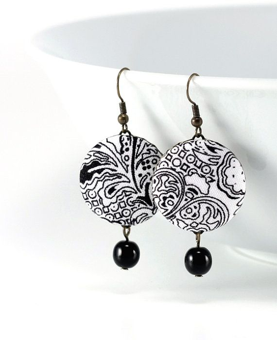 New look!!! by Mesevirag on Etsy